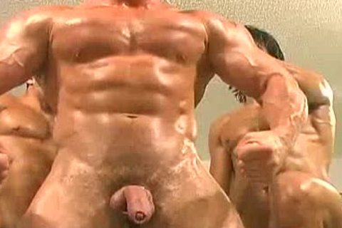 three-some Muscle Worship