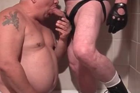 older fat boy Giving A Hand And bj In The baths