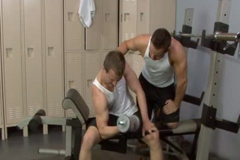 Sporty dicks dril In The Gym