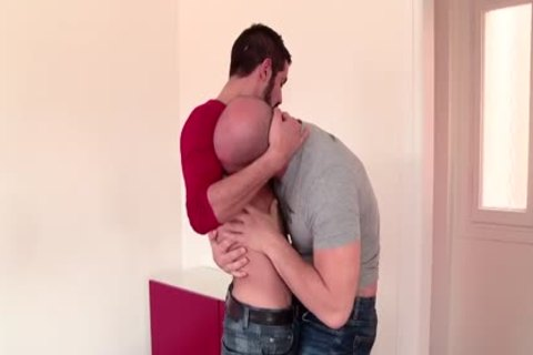 Othello And Aitor Crash In A Great gay Scene