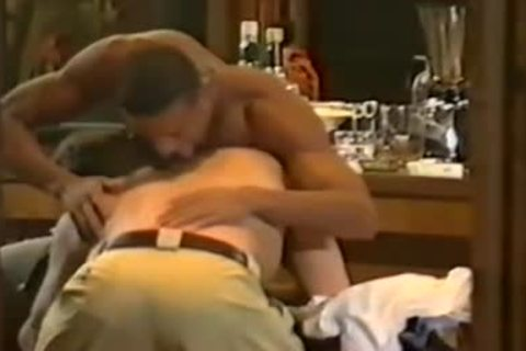 My All Time favorite dark Pornstar jointly With Tyler Johnson In An Interracial Scene Of Vintage Quaity : Great giving a kiss, Great Body.Gee Did I Have A Crush On Him