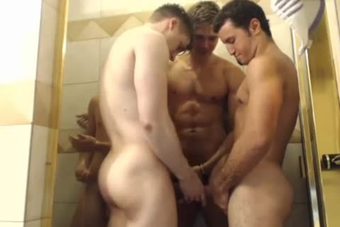 4 handsome twinks Hottest Blowjobs In Shower
