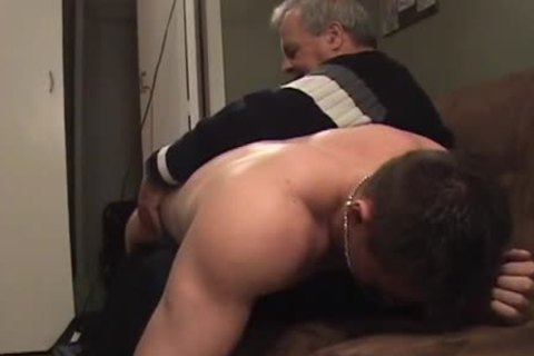 Hunk With Bubble arse gets A thrashing
