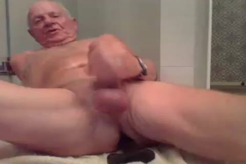 daddy man wank wank With  A fake penis In a-hole And sperm