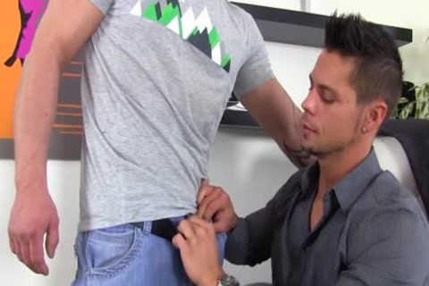 bisexual fellow Giving head