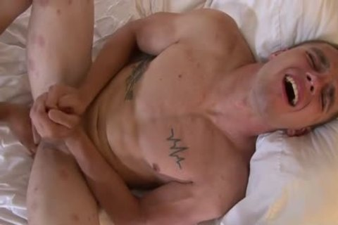 Muscle gay sex toy And Facial - BoyFriendTVcom