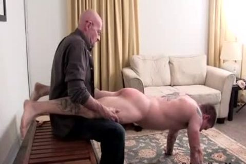 Muscle dilettante drubbing With cumshot