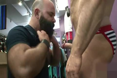 Muscled old anal Nailed doggy style