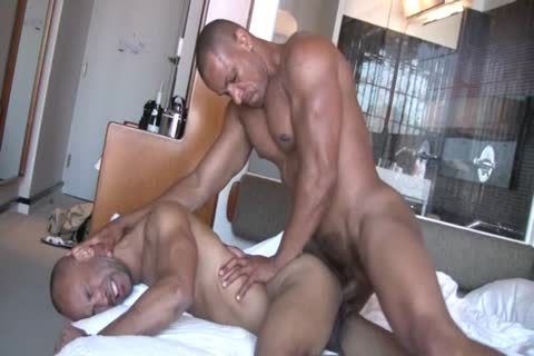 Two strong homosexual males Sodomize Each Other
