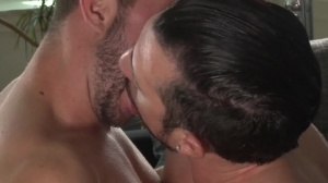 Central Park Cruising - Jimmy Durano, Colt Rivers anal pound