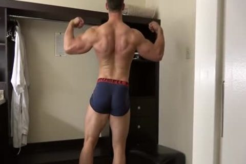 pumped up Fitness Enjoying Giving joy To His tasty Body