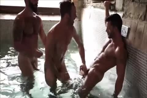 Three Muscle Hunks unprotected In A Sex Club