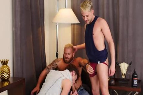 [bare That Gap] Drew Dixon, Sherman Maus & Riley Mitchel (720p).mp4