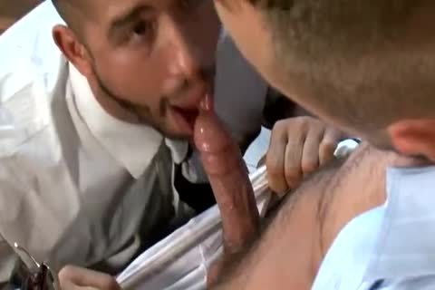Trey Turner And Jessie Colter Have A tasty nail In The Office